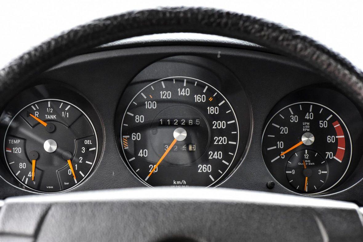 Mercedes-Benz W 116 450 SEL 6.9 16