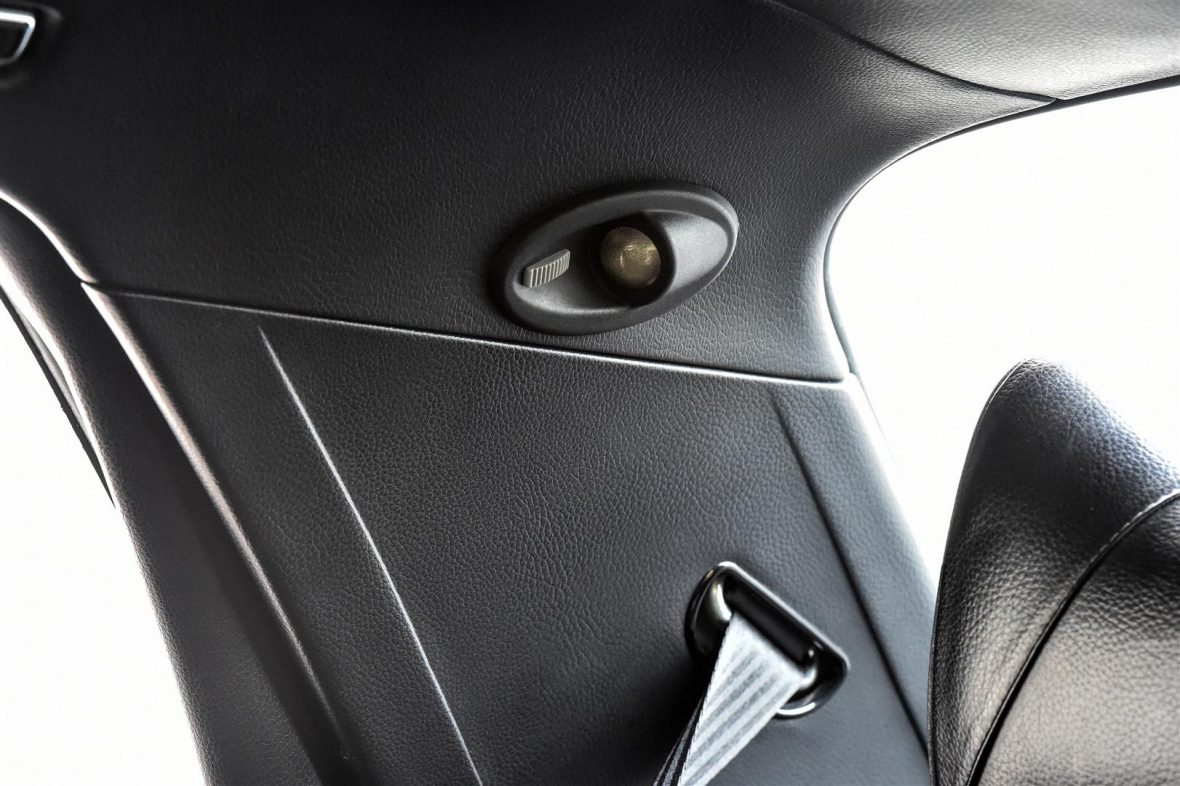 Mercedes-Benz W 116 450 SEL 6.9 24