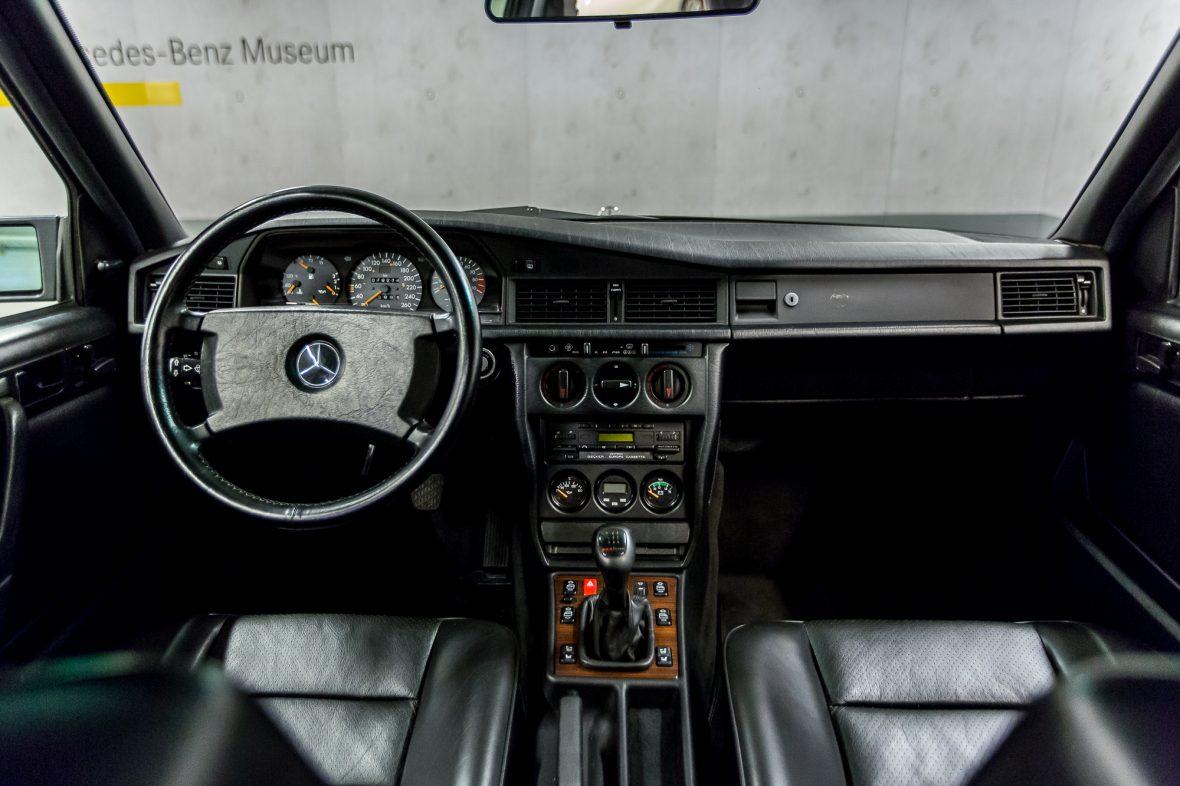 Mercedes-Benz 190 E 2.5-16 EVO 2 (W 201) 25