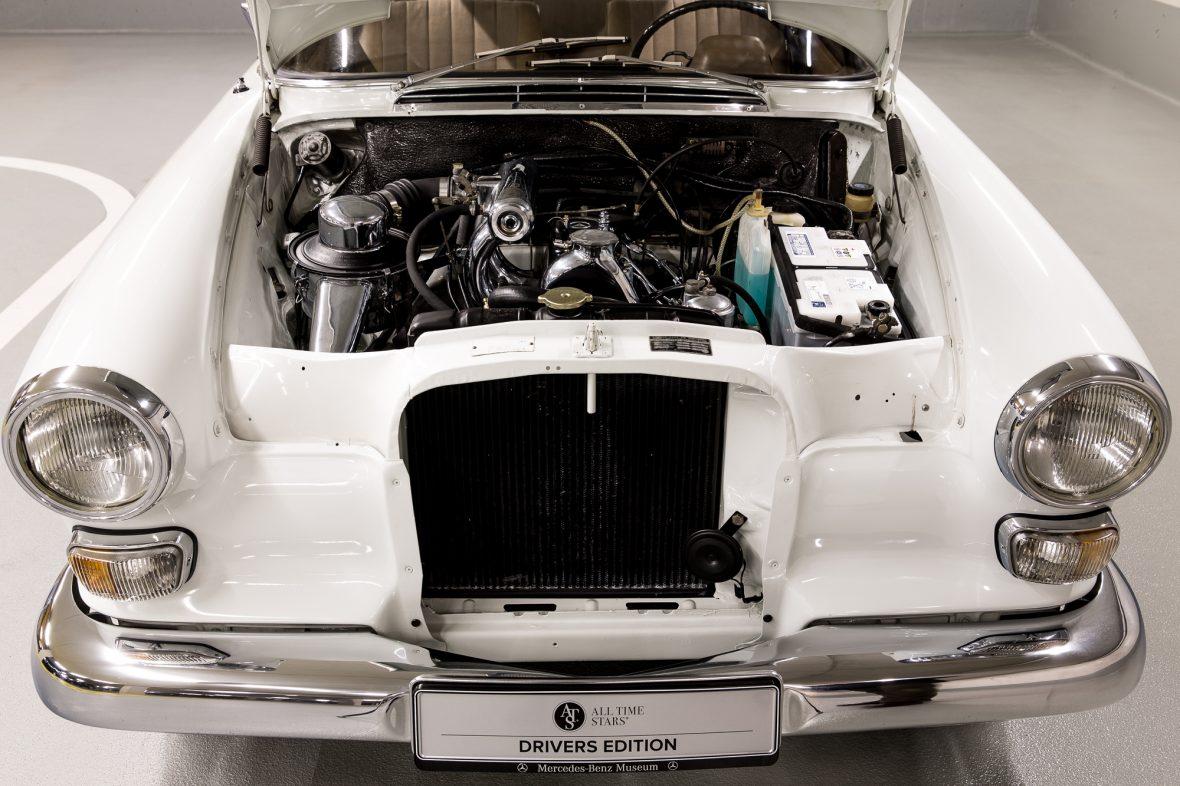 Mercedes-Benz W 110  200 D 3