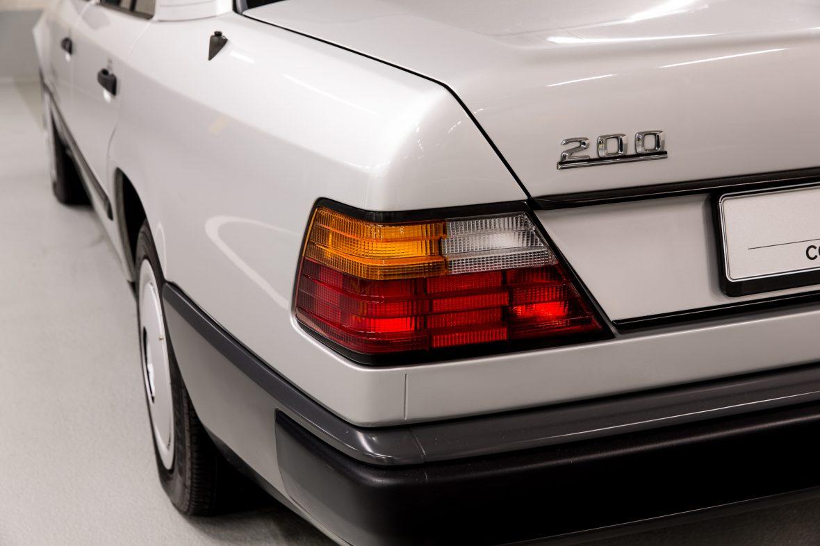 Mercedes-Benz  200 (W 124) 11