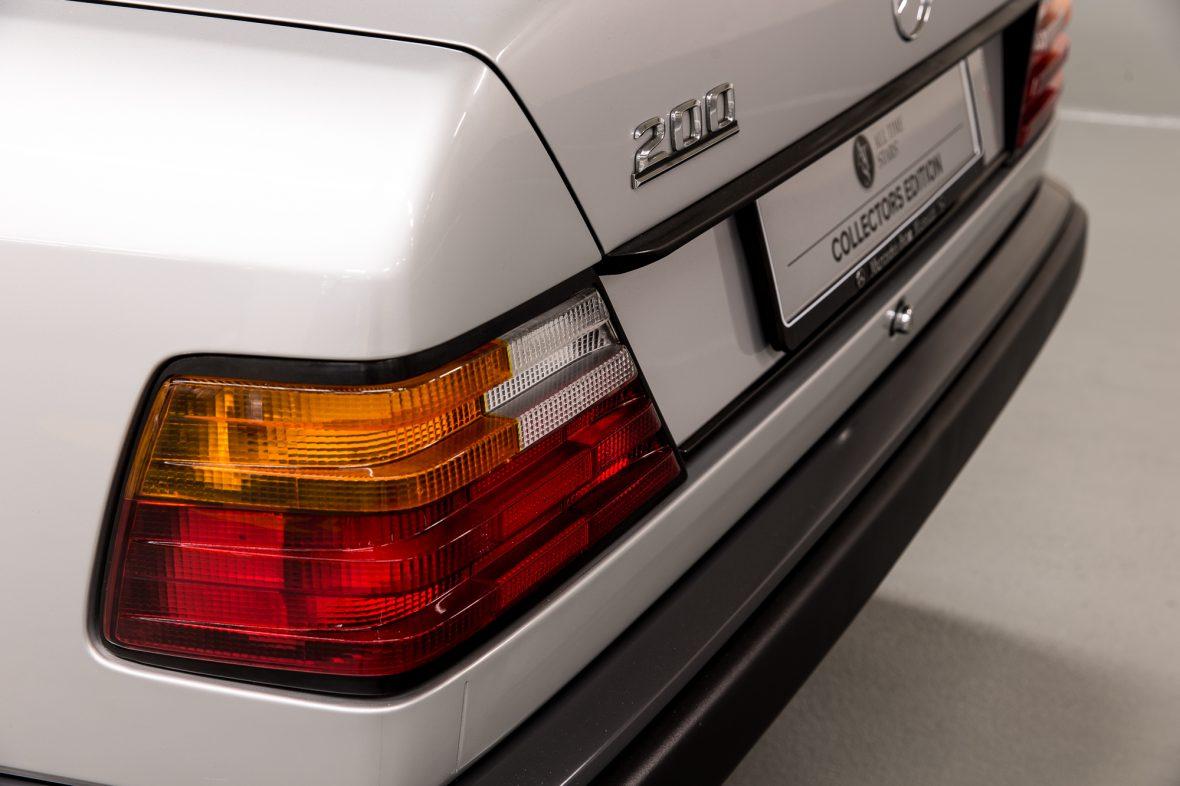 Mercedes-Benz  200 (W 124) 10