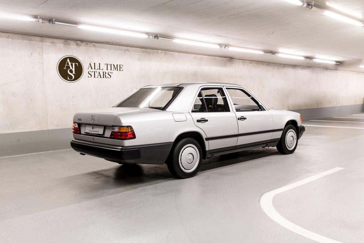 Mercedes-Benz  200 (W 124) 1