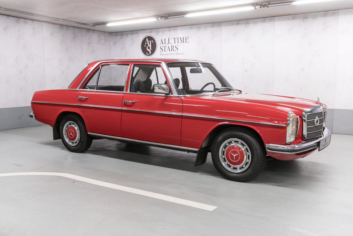Mercedes benz 230 6 w 114 mercedes benz en for Mercedes benz vintage cars