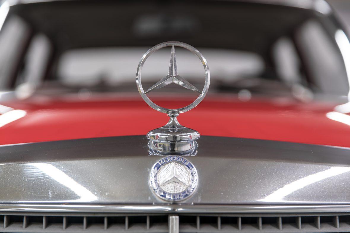 Mercedes-Benz 230.6 (W 114) 20