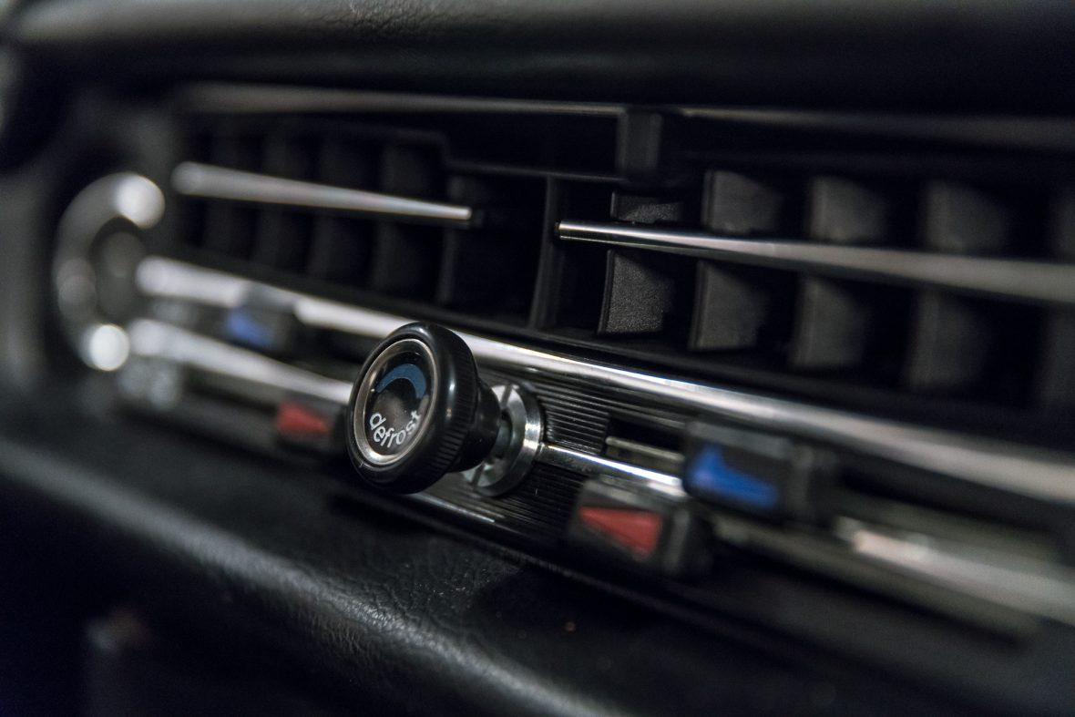 Mercedes-Benz 230.6 (W 114) 14