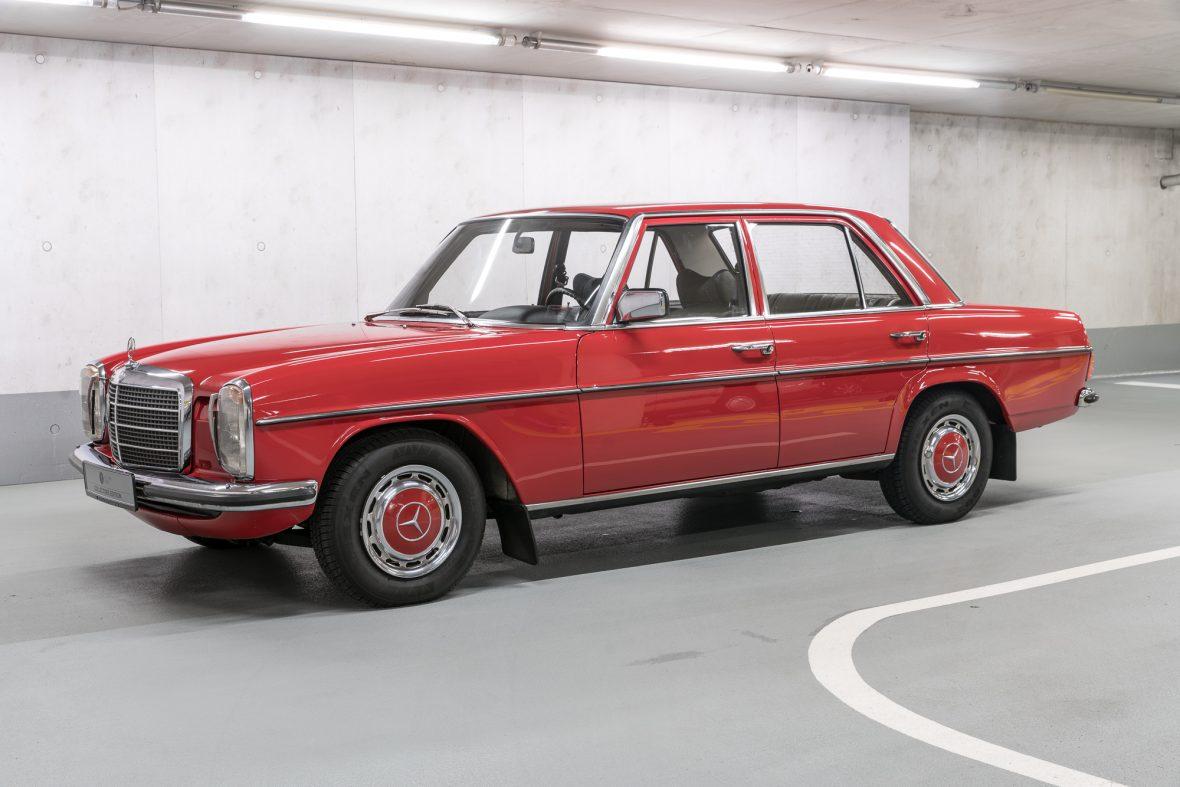 Mercedes-Benz 230.6 (W 114) 4