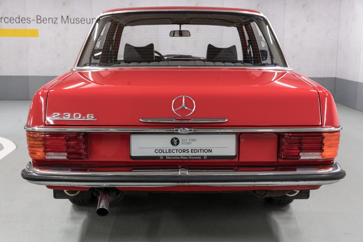 Mercedes-Benz 230.6 (W 114) 5