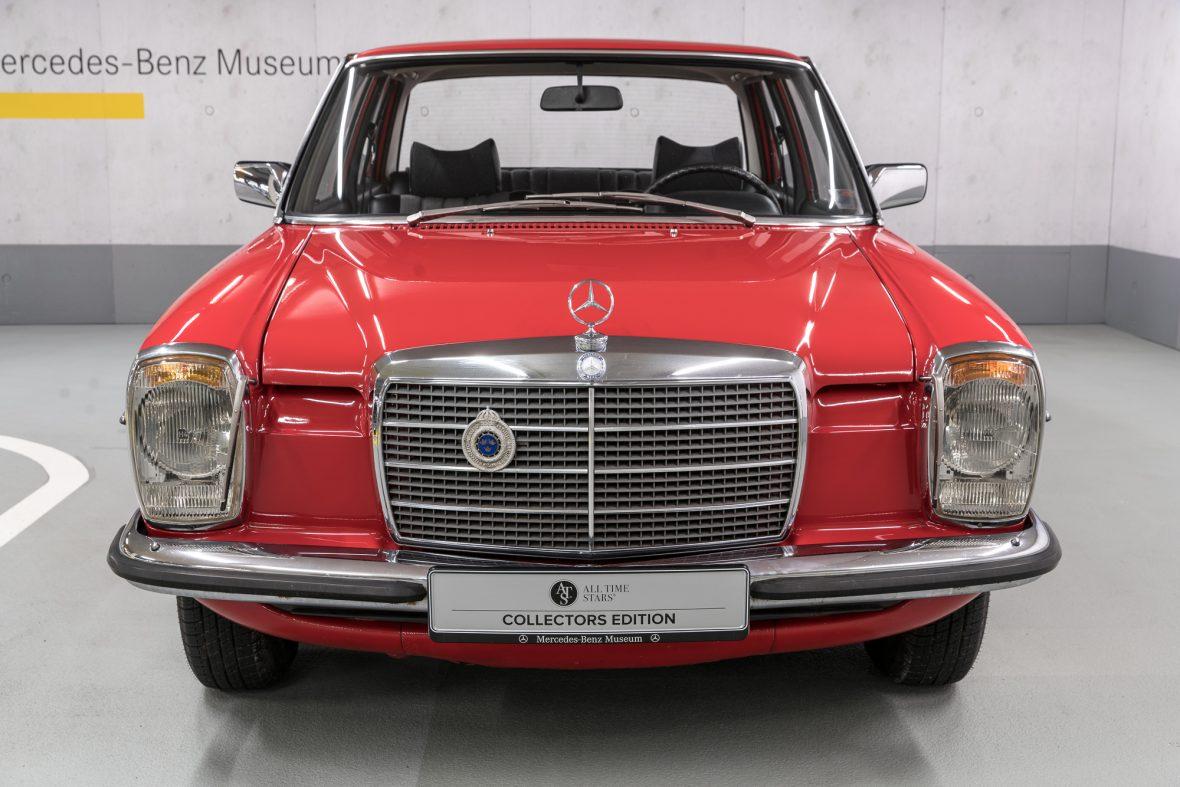 Mercedes-Benz 230.6 (W 114) 3