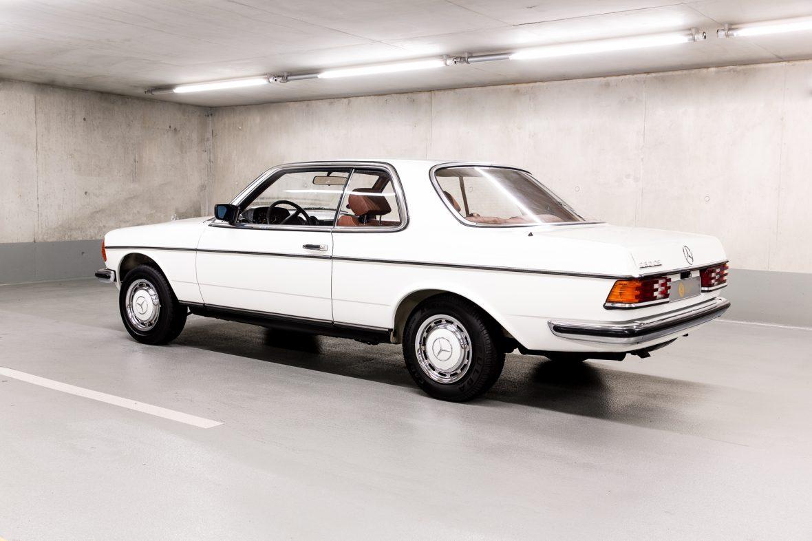 Mercedes-Benz C 123 230 CE 0