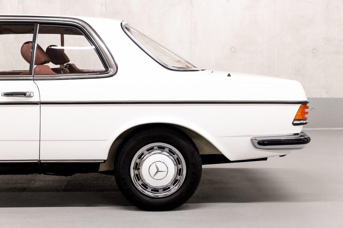 Mercedes-Benz C 123 230 CE 5
