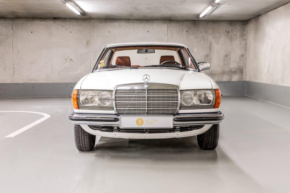 Mercedes-Benz C 123 230 CE 3