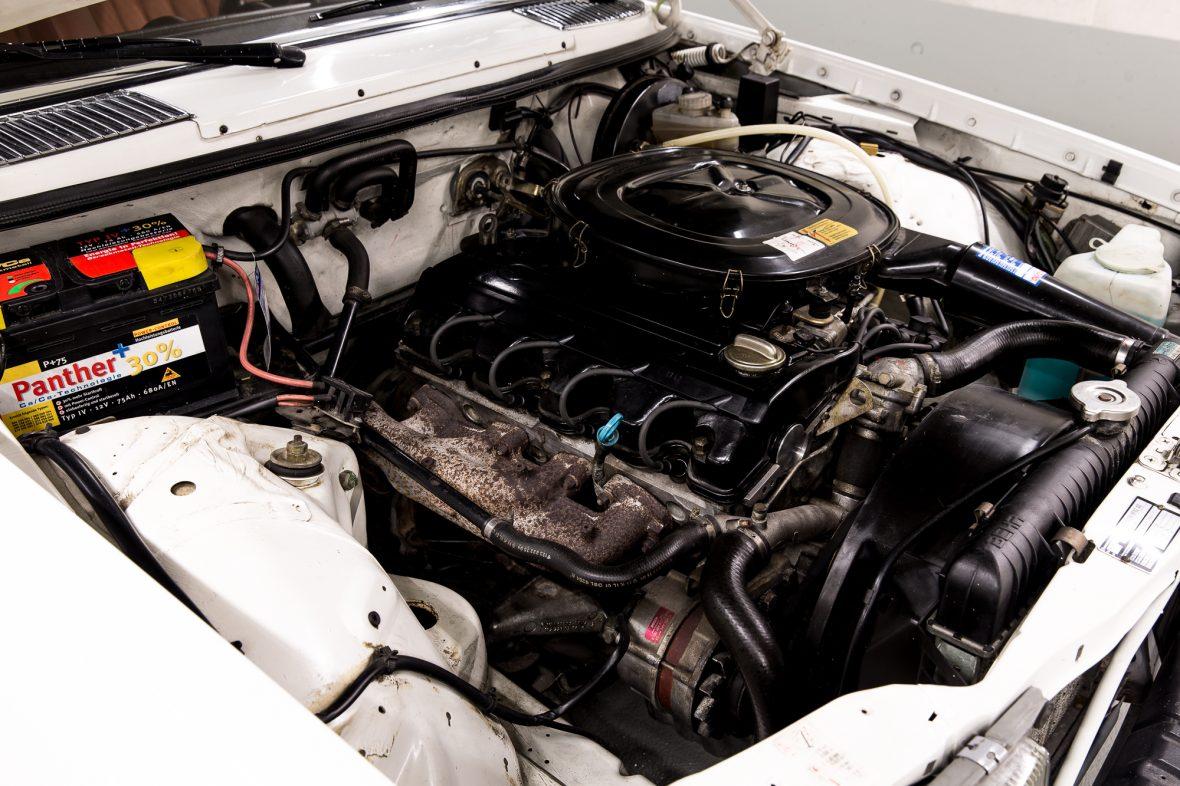 Mercedes-Benz C 123 230 CE 9