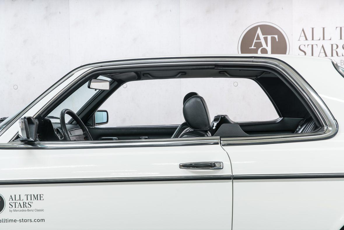 Mercedes-Benz 230 C (C 123) 20