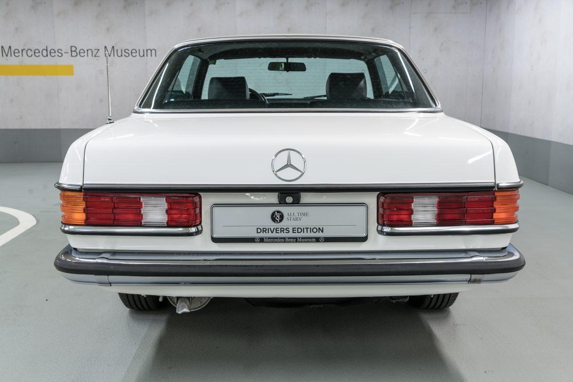Mercedes-Benz 230 C (C 123) 5