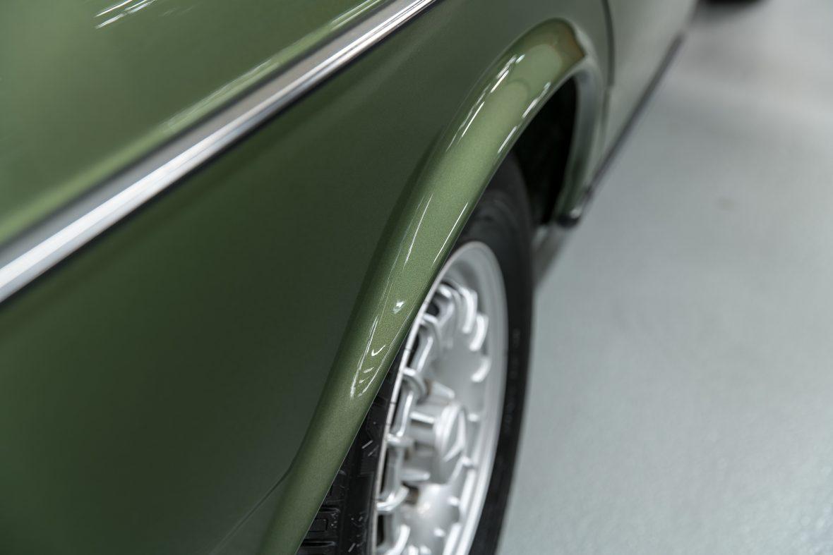 Mercedes-Benz W 123 230 E 12