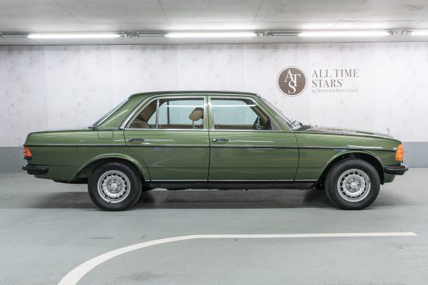 Mercedes-Benz W 123 230 E