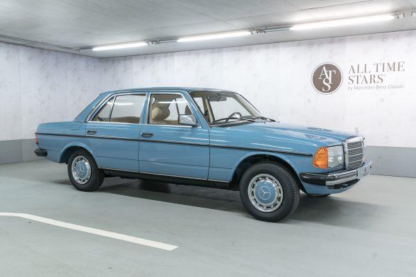 Mercedes-Benz W 123 240 D