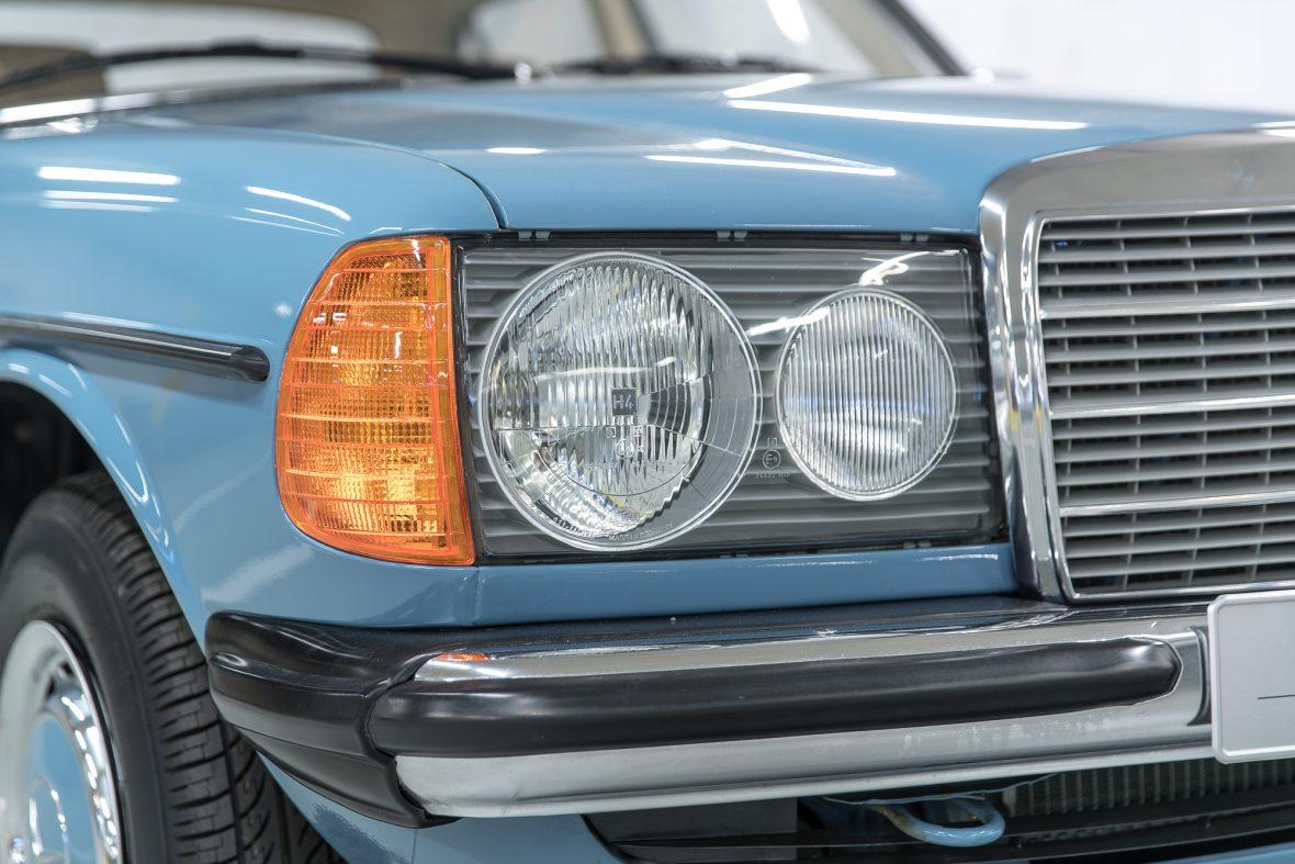 Mercedes-Benz  W 123 240 D 14