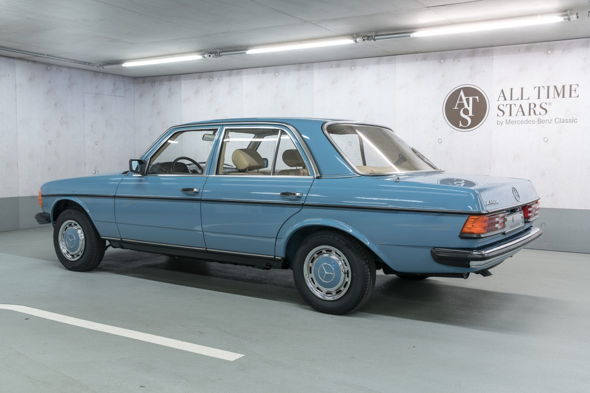 Mercedes-Benz W 123 240 D 18
