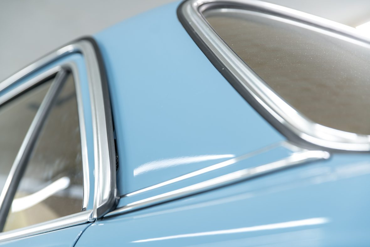 Mercedes-Benz W 123 240 D 24