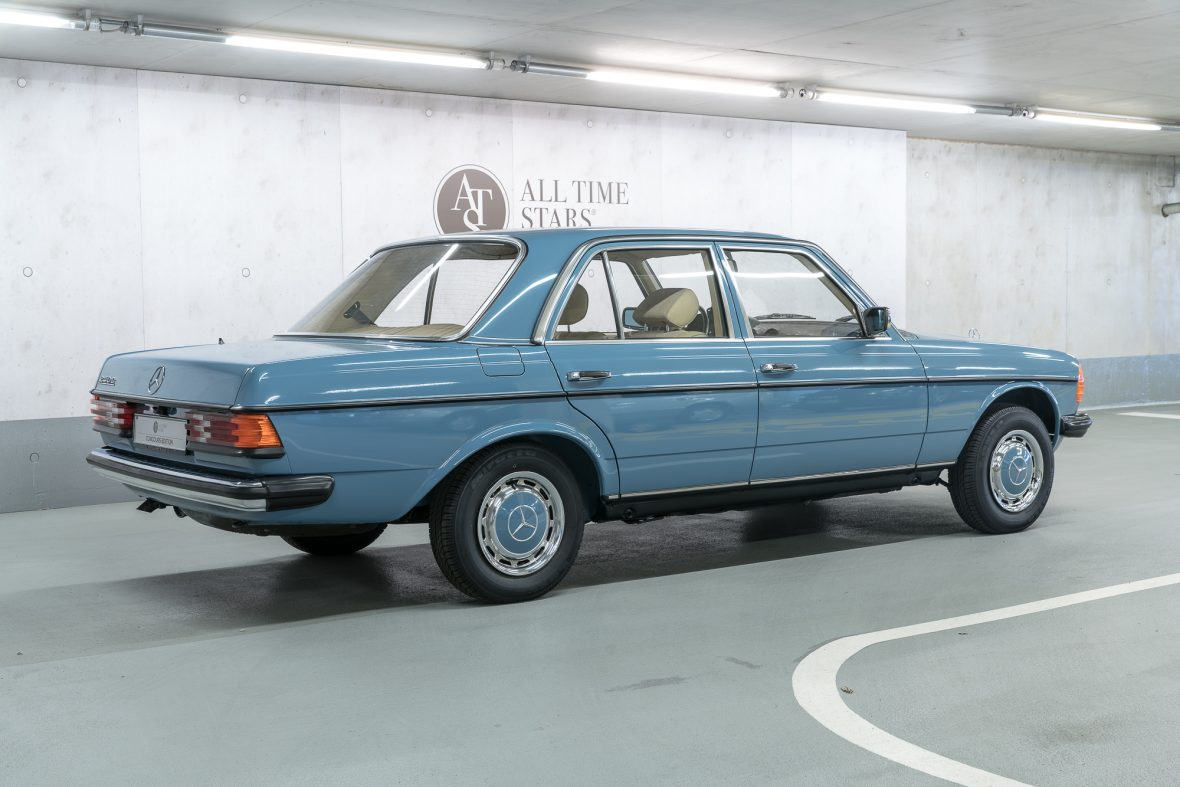 Mercedes-Benz  W 123 240 D 2