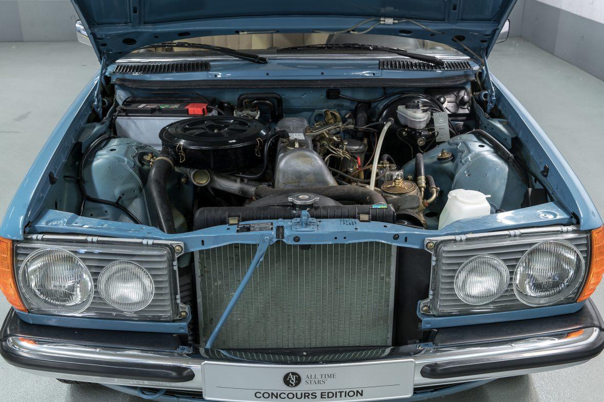 Mercedes-Benz  W 123 240 D 4