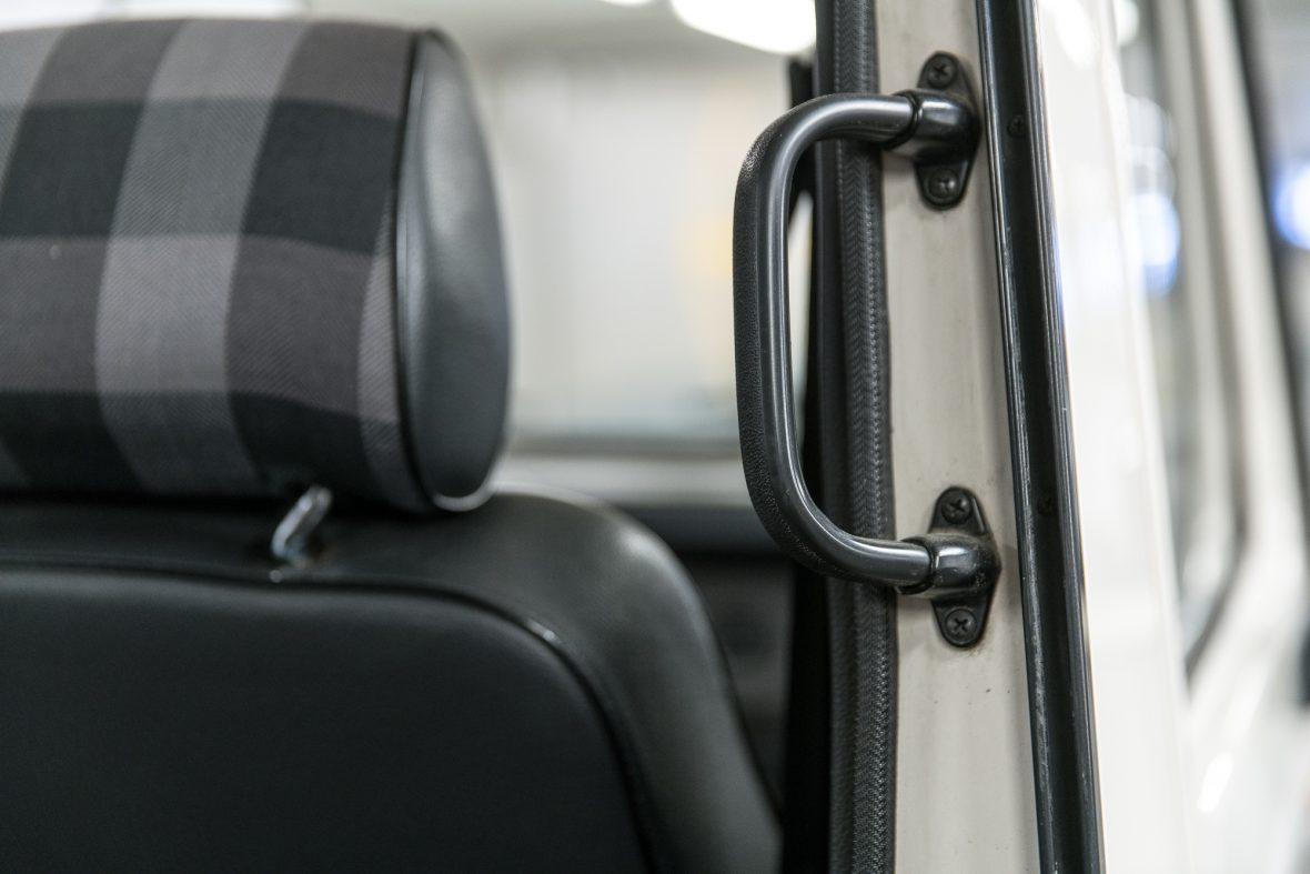 Mercedes-Benz W 460  280 GE Cabriolet 12