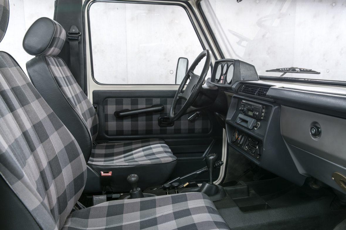 Mercedes-Benz W 460  280 GE Cabriolet 8