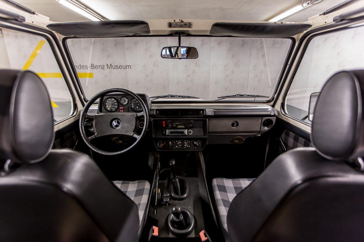 Mercedes-Benz W 460  280 GE Cabriolet 29