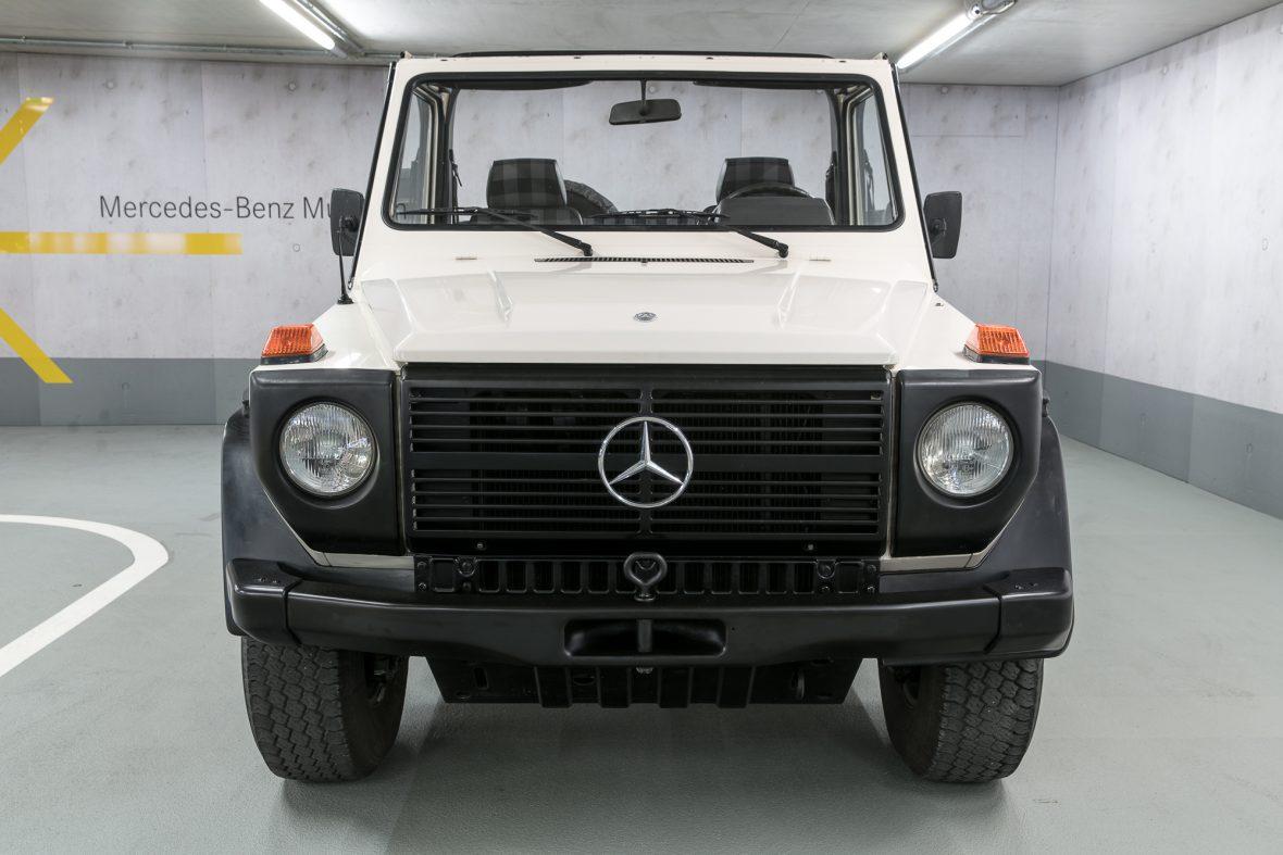 Mercedes-Benz W 460  280 GE Cabriolet 3