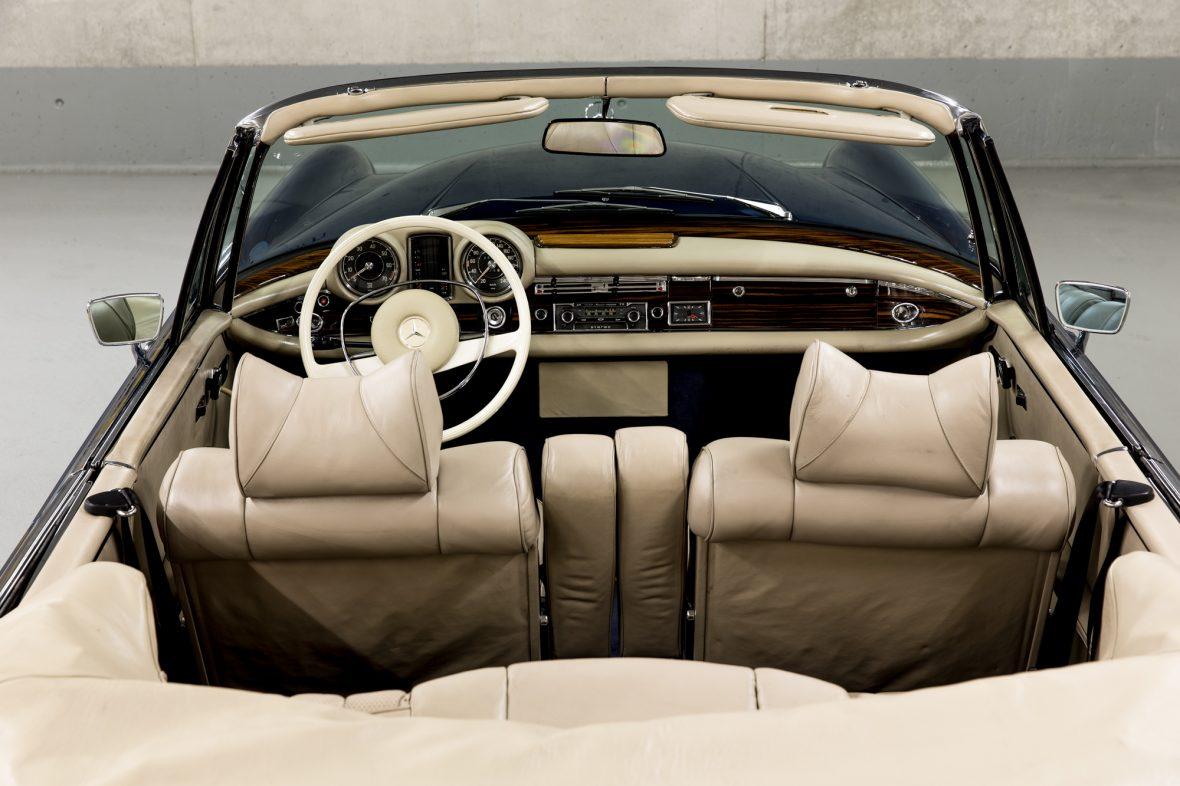 Mercedes-Benz 280 SE 3.5 Cabriolet (W 111) 13
