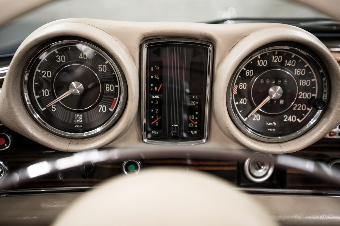 Mercedes-Benz 280 SE 3.5 Cabriolet (W 111) 12