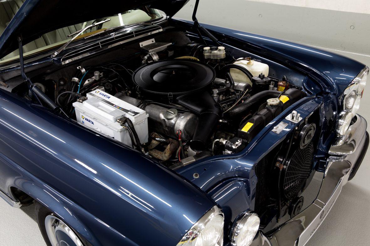 Mercedes-Benz 280 SE 3.5 Cabriolet (W 111) 7