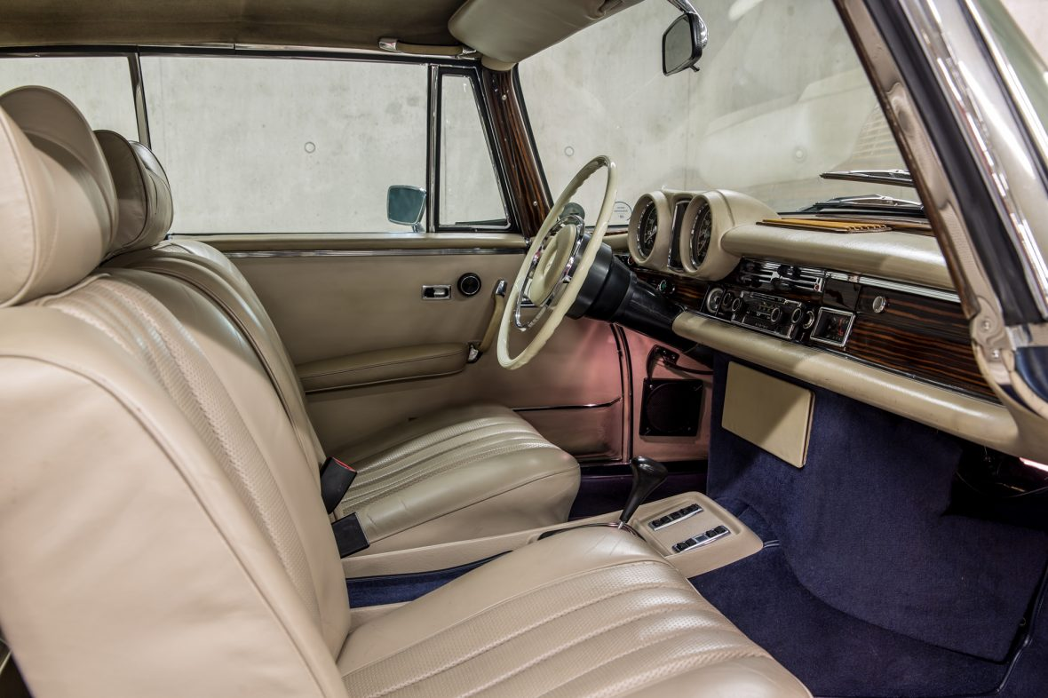 Mercedes-Benz 280 SE 3.5 Cabriolet (W 111) 9