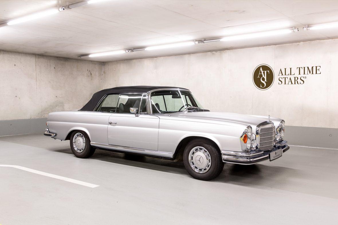Mercedes-Benz W 111 280 SE 3,5 Cabriolet 0