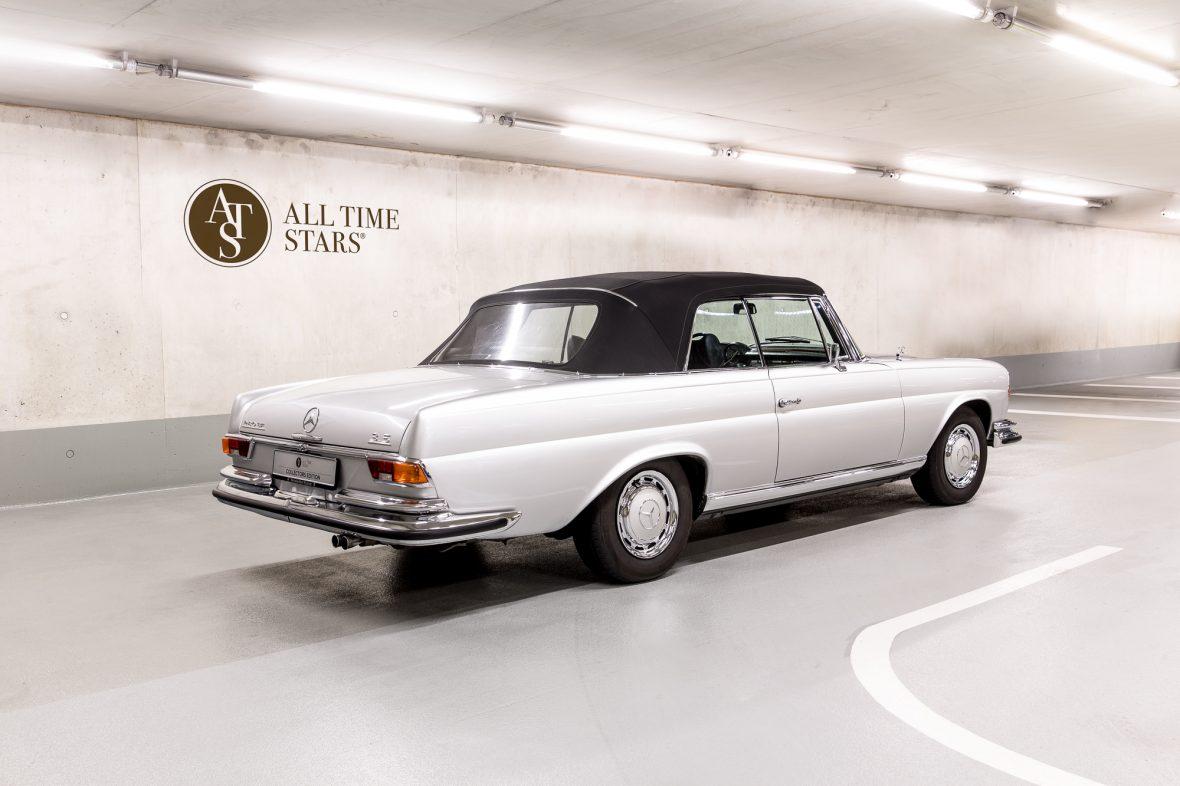 Mercedes-Benz W 111 280 SE 3,5 Cabriolet 3
