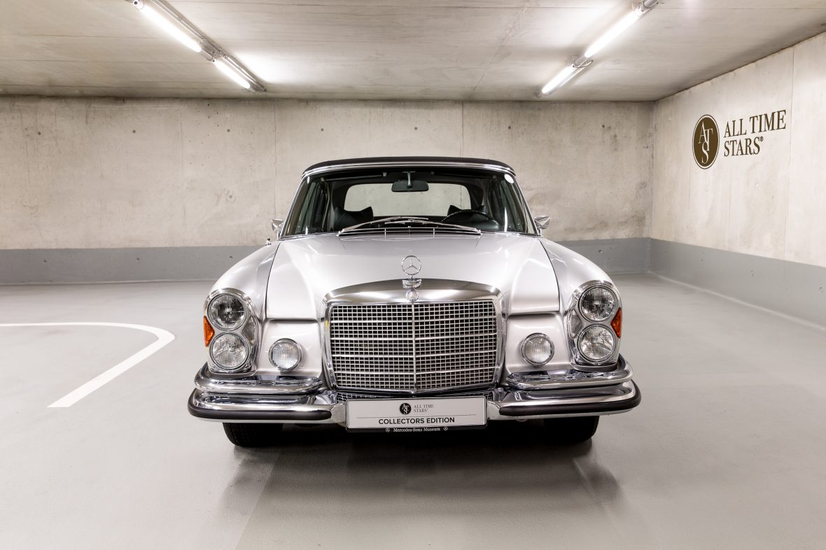 Mercedes benz w 111 280 se 3 5 cabriolet mercedes benz en for Mercedes benz w