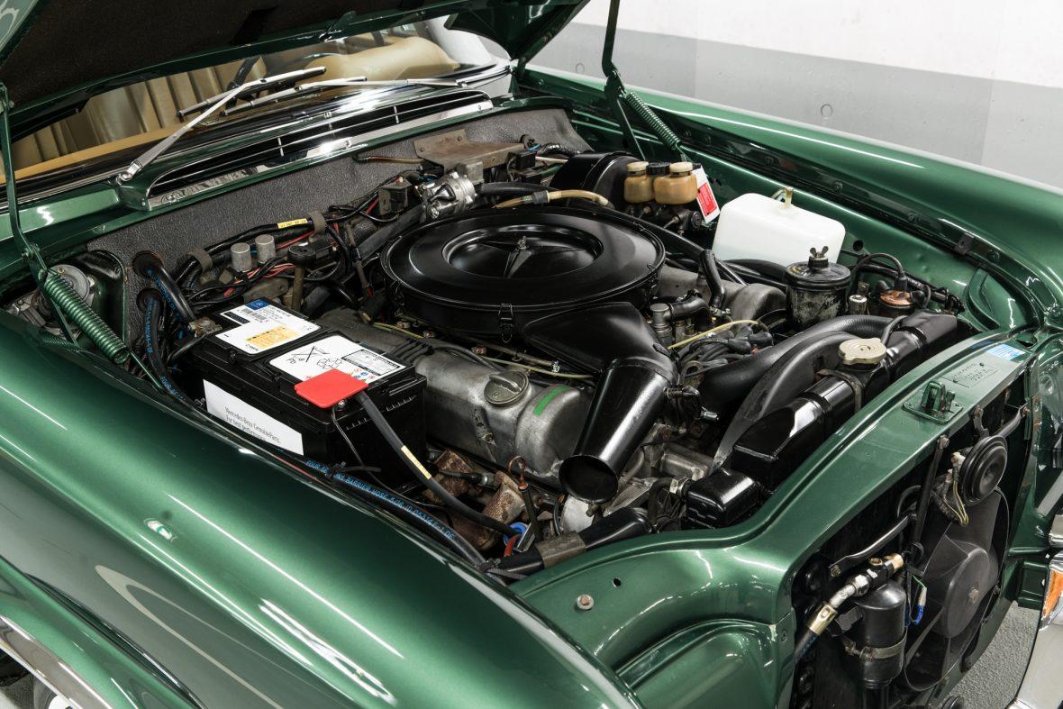 Mercedes-Benz 280 SE 3.5 (W111) 19
