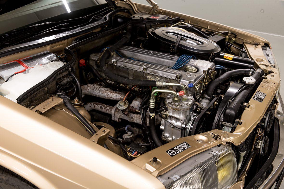Mercedes-Benz W 126 280 SE 6