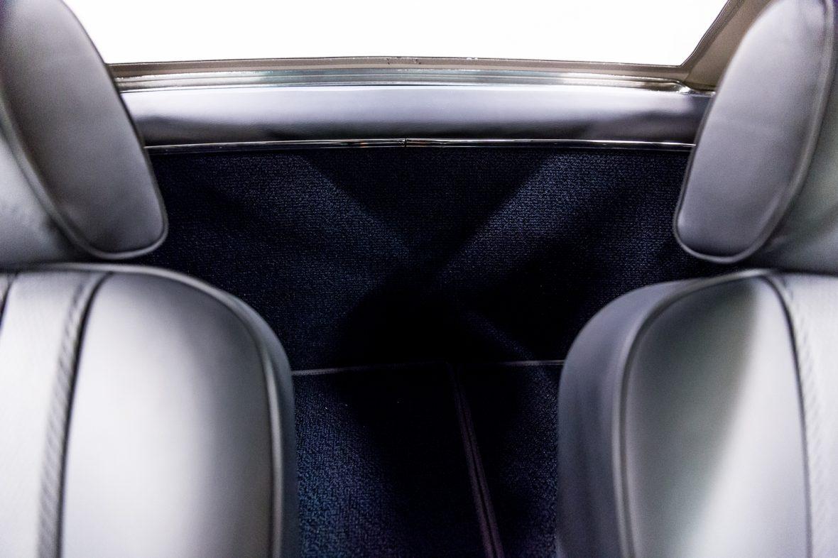 Mercedes-Benz W 113 280 SL 14