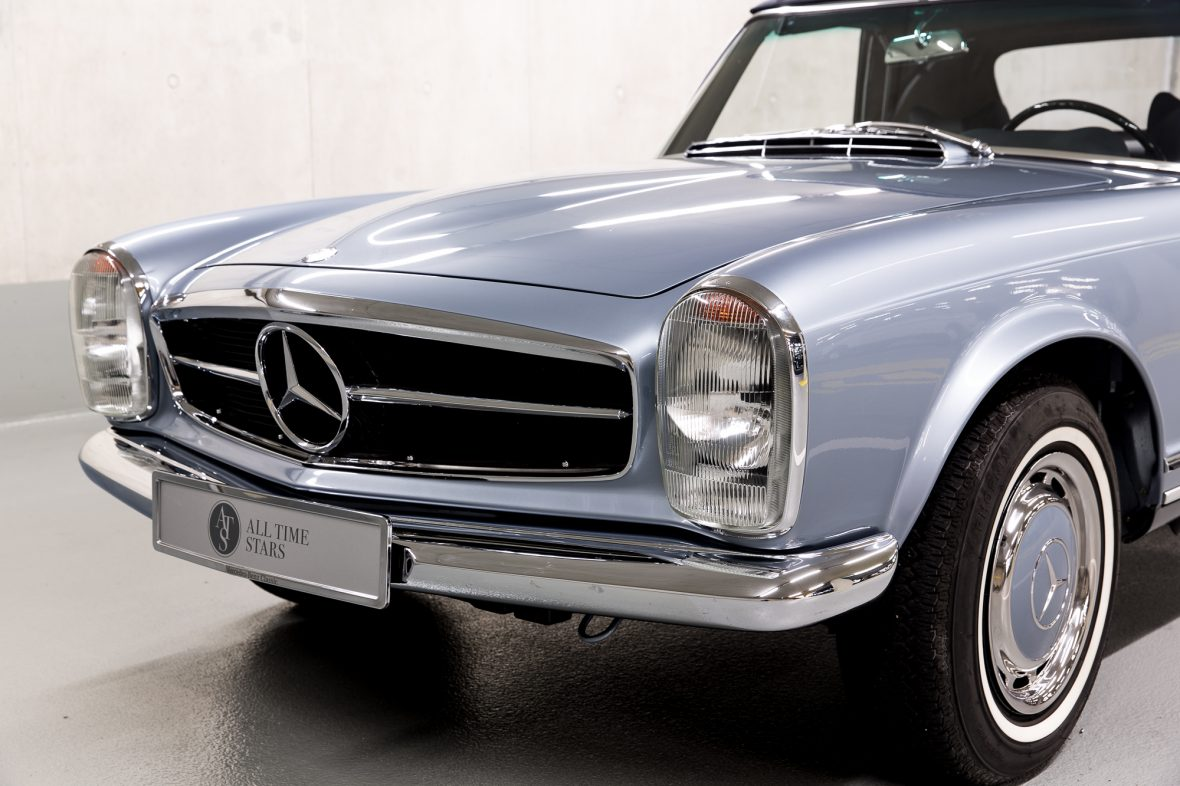 Mercedes-Benz W 113 280 SL 4