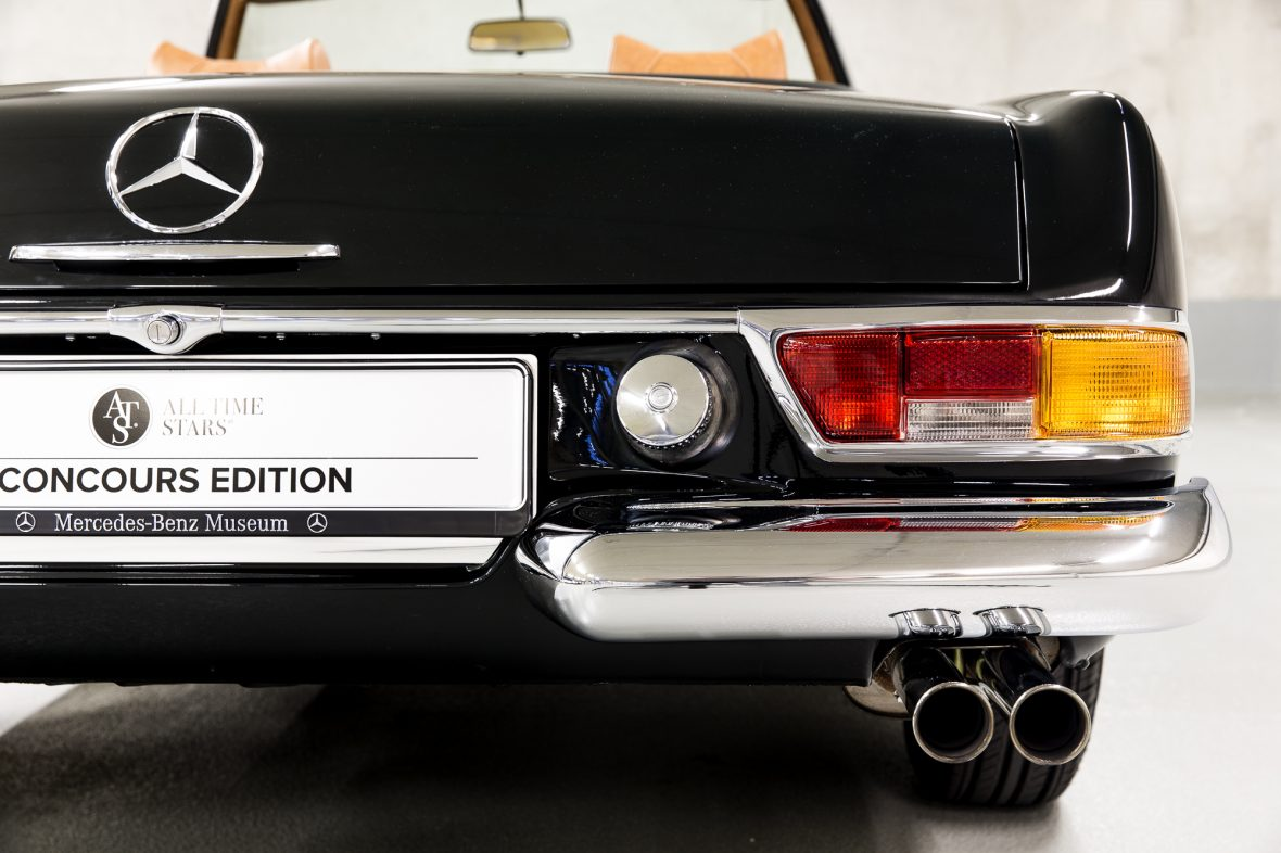 Mercedes-Benz W 113 280 SL 14