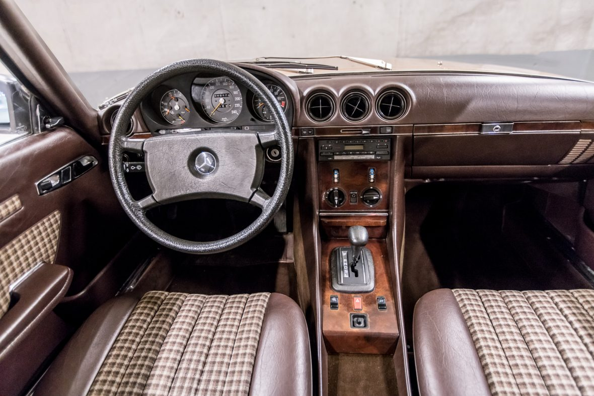 Mercedes-Benz R 107  280 SL 6