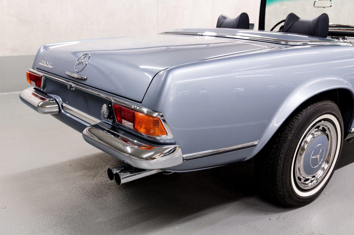 Mercedes-Benz W 113 280 SL 5