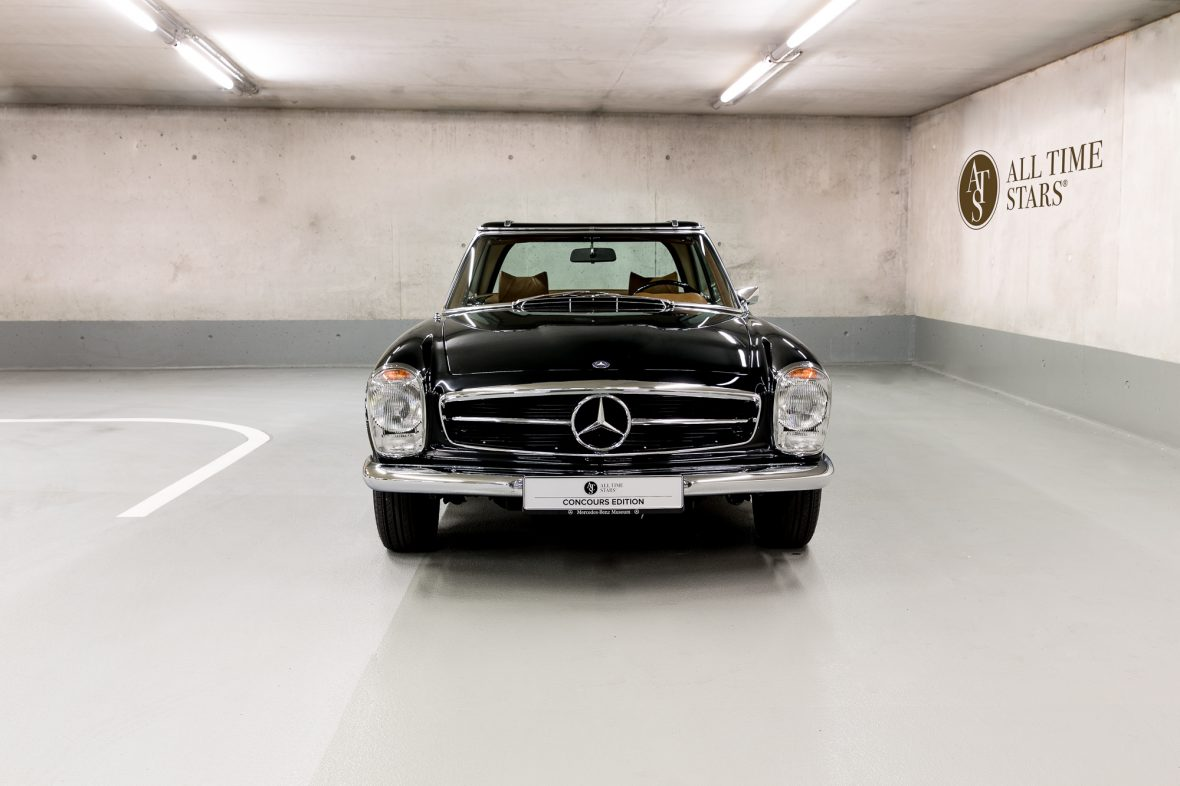 Mercedes-Benz W 113 280 SL 5