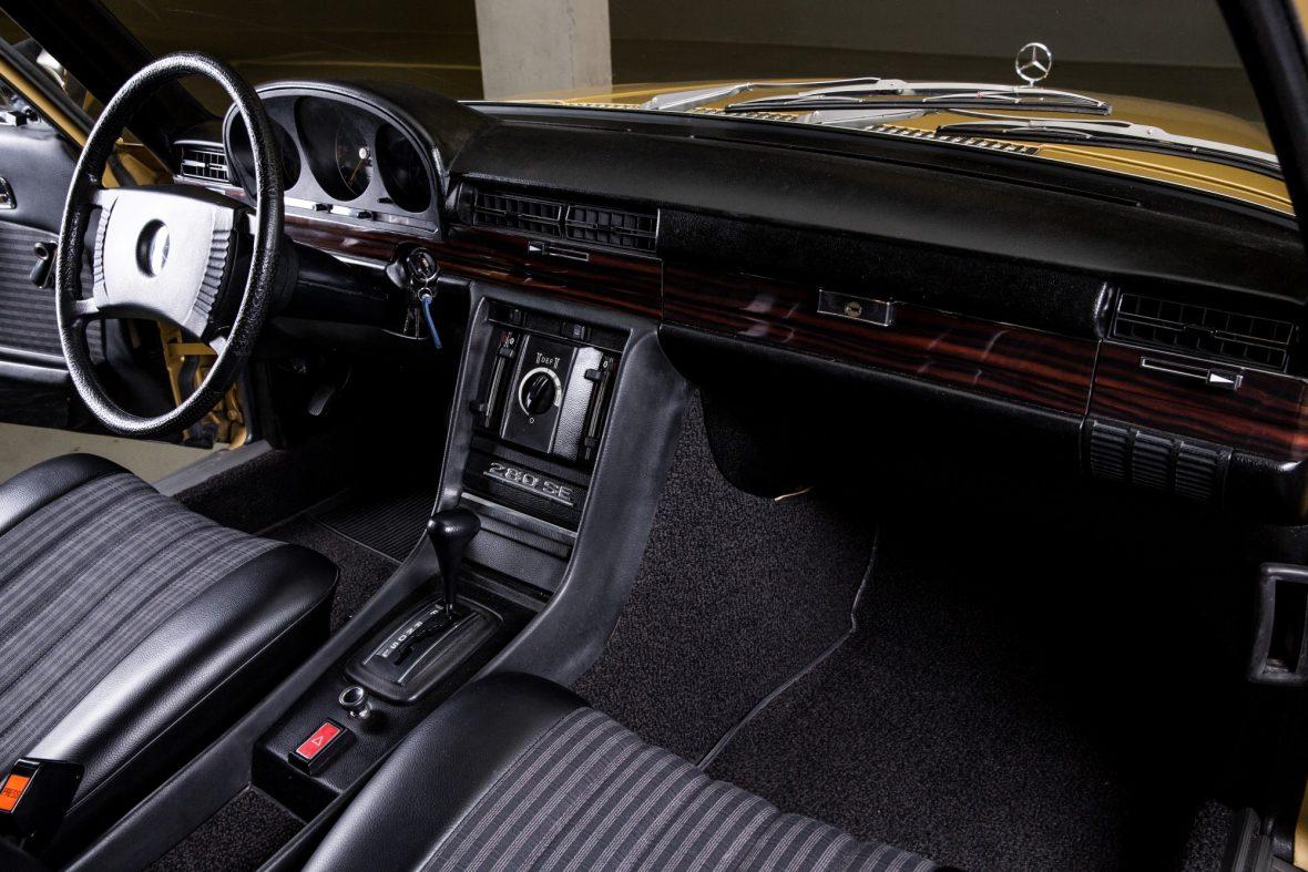 Mercedes-Benz  W 116 280 SE 21