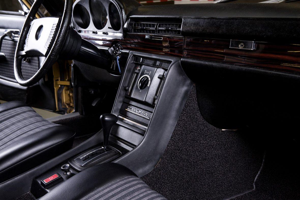 Mercedes-Benz  W 116 280 SE 22