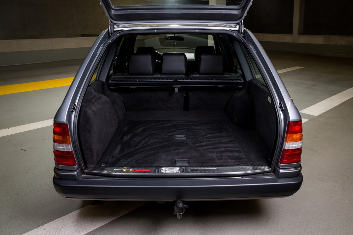 Mercedes-Benz W124 280 TE 10