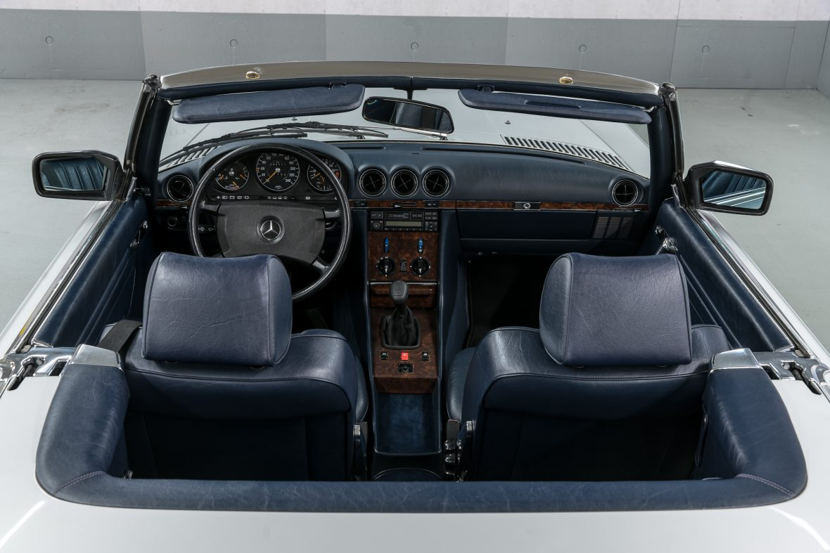Mercedes-Benz R 107 300 SL 21